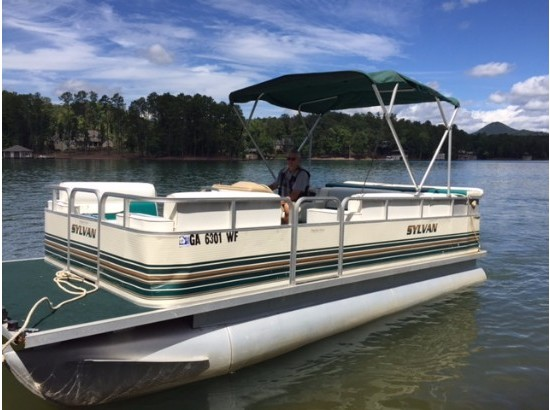 1997 Sylvan 20ft Pontoon