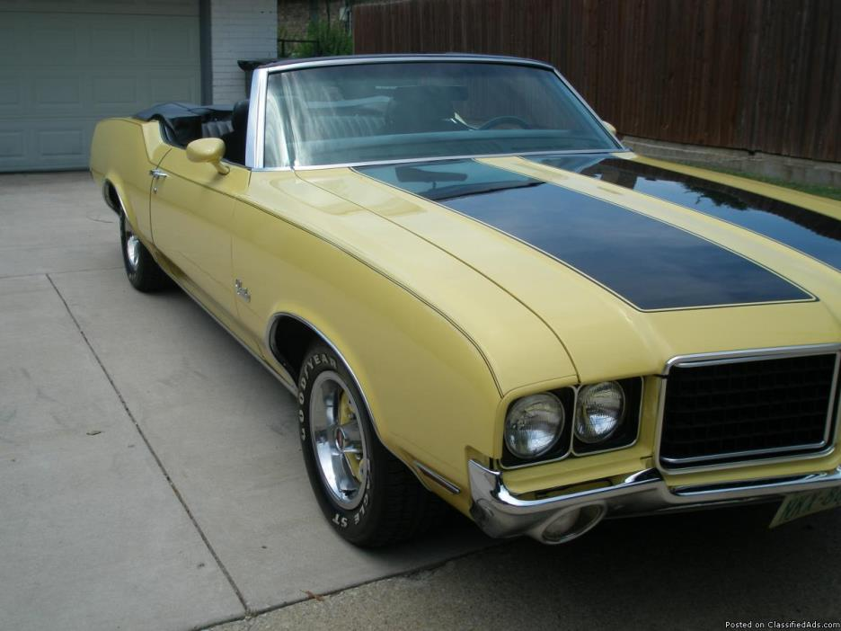 1972 Olds  Cutlass Convertable