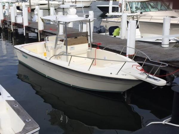 1994 Pursuit 26 CENTER CONSOLE