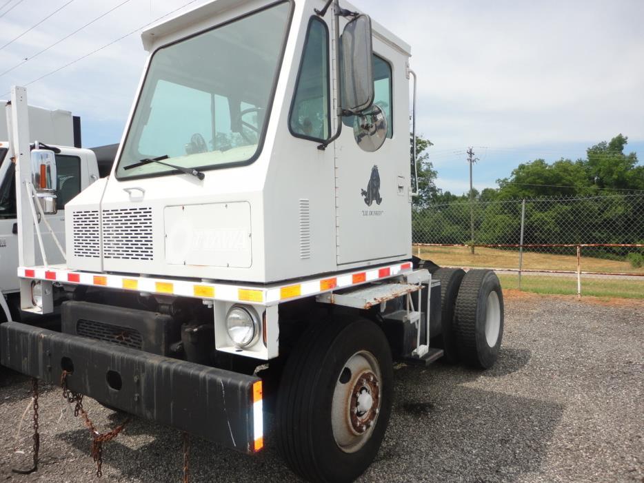 1986 Ottawa Spotter Yard Spotter Truck