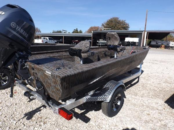 Xpress Stick Steer Crappie Xp16pf Boats for sale
