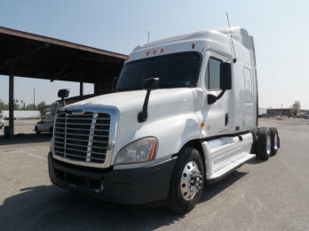 2010 Freightliner Cascadia Pickup Truck