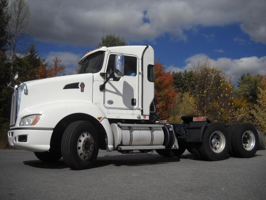 2013 Kenworth T660 Conventional - Day Cab