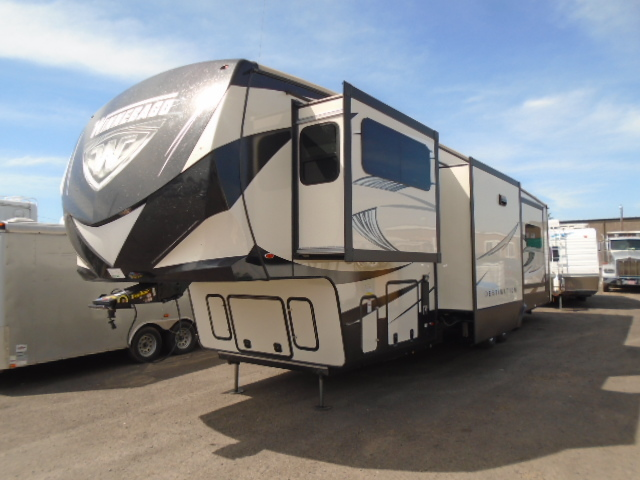Winnebago Destination 37FL