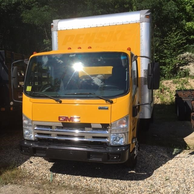 2009 Isuzu Npr Hd  Box Truck - Straight Truck
