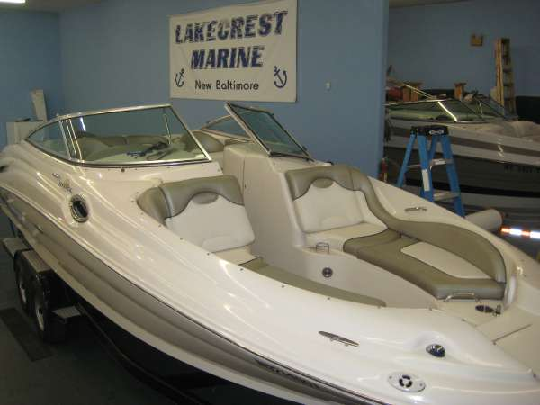 2006 Sea Ray 270 SEA RAY SUNDECK