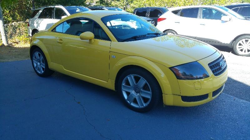 2004 Audi TT 2dr Cpe Auto