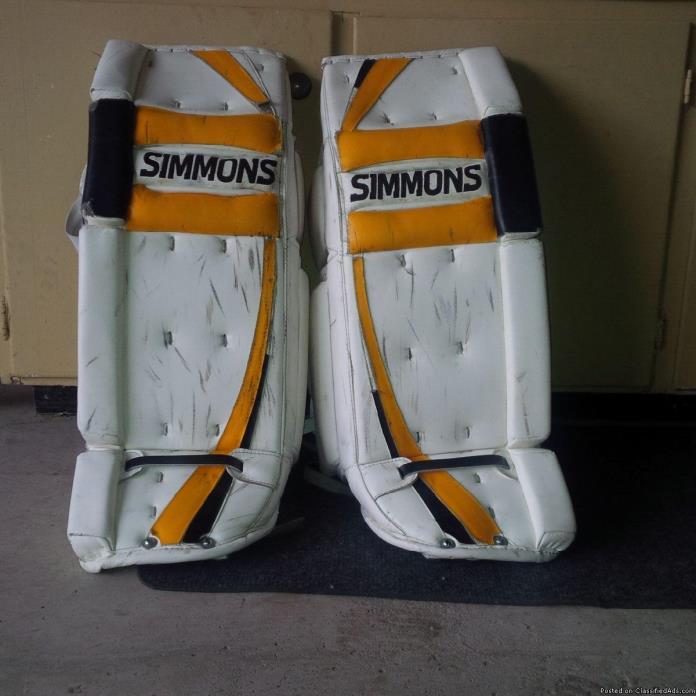 31 1 Simmons Super Flex 998 Goalie Pads
