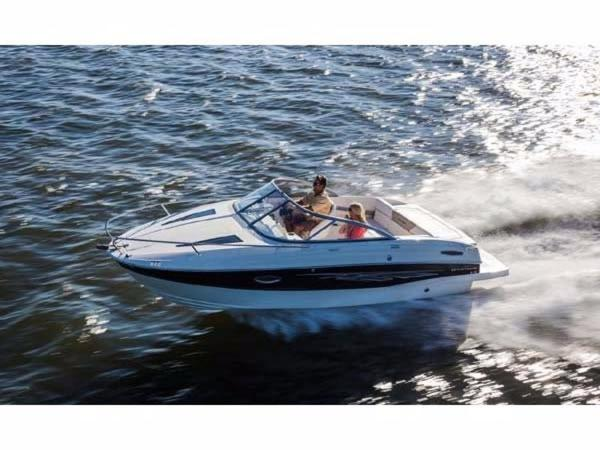 2015 Bayliner 642 Overnighter Cuddy