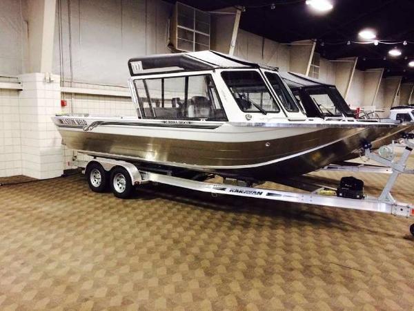 2016 CUSTOM WELD BOATS 23 Cobra Outboard