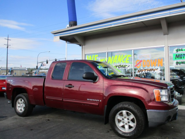 2009 GMC Sierra SLE (CLICKITAUTOANDRVVALLEY)