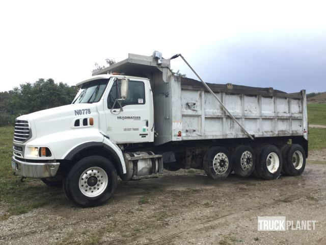 2005 Sterling Lt9500  Dump Truck