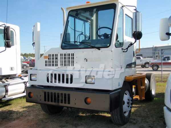2013 Ottawa C30 Yard Spotter Truck