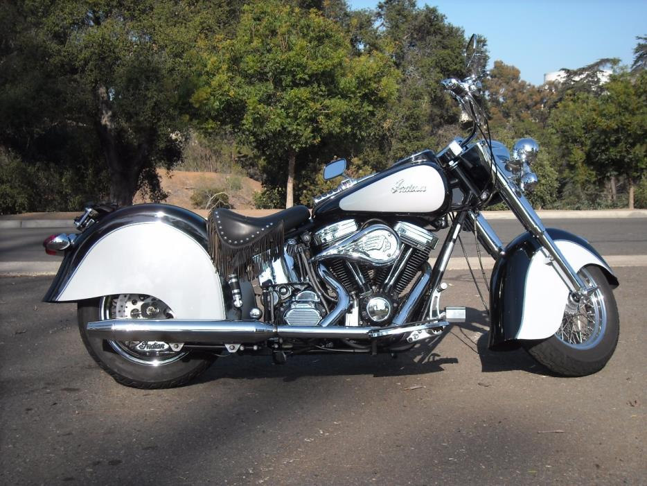 2017 Indian Springfield Indian Motorcycle Red