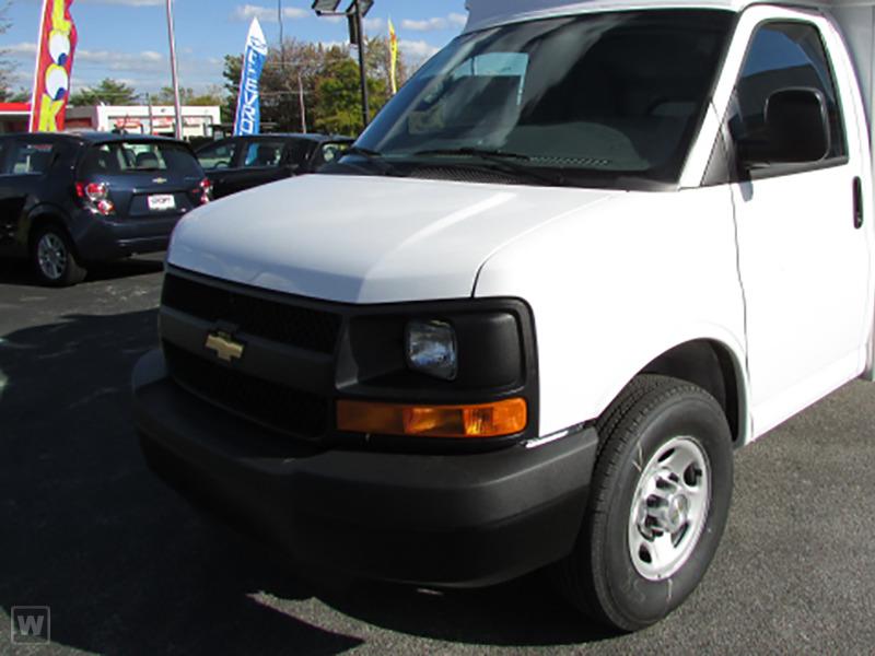 2017 Chevrolet Express 3500  Cutaway-Cube Van