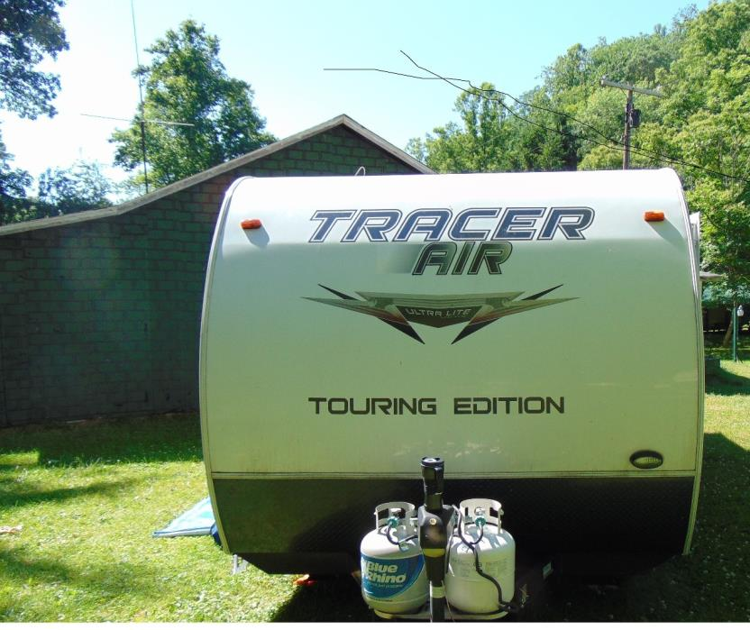 2014 Prime Time TRACER 215AIR