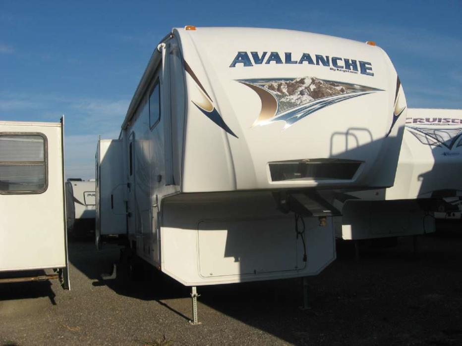 2011 Keystone Avalanche 290RL