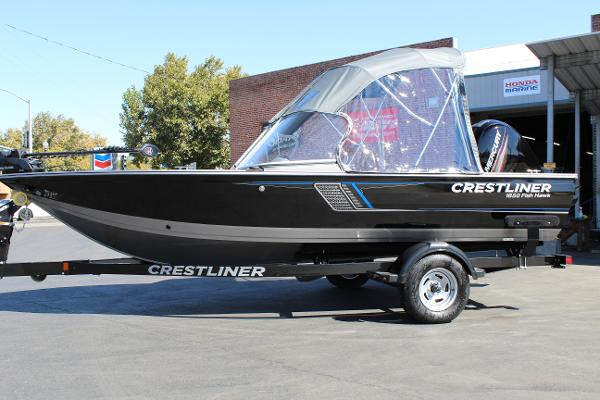 2017 Crestliner 1850 Fish Hawk WT - Full Windshield