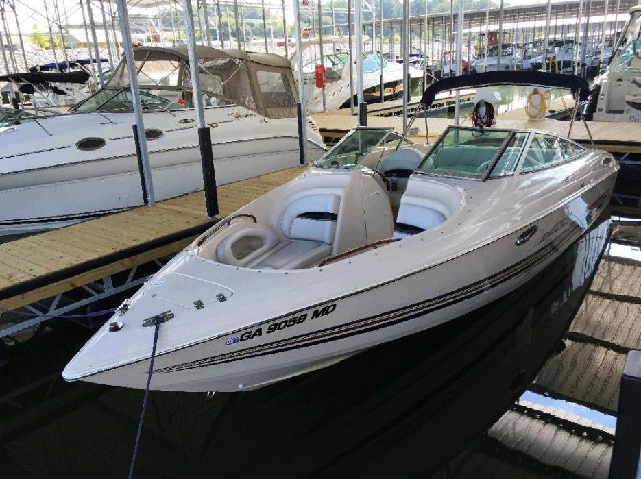2001 Wellcraft Excalibur 260 Platinum