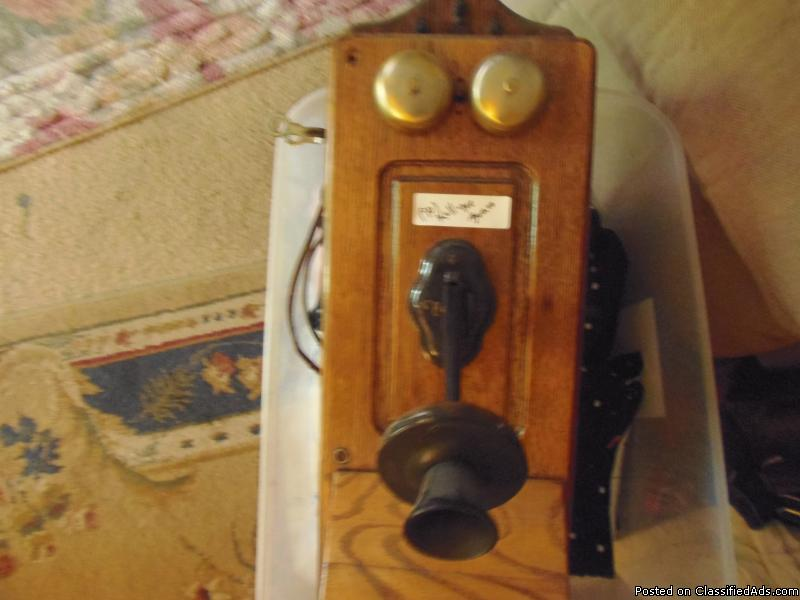 1901 Kellogge Crank Telephone