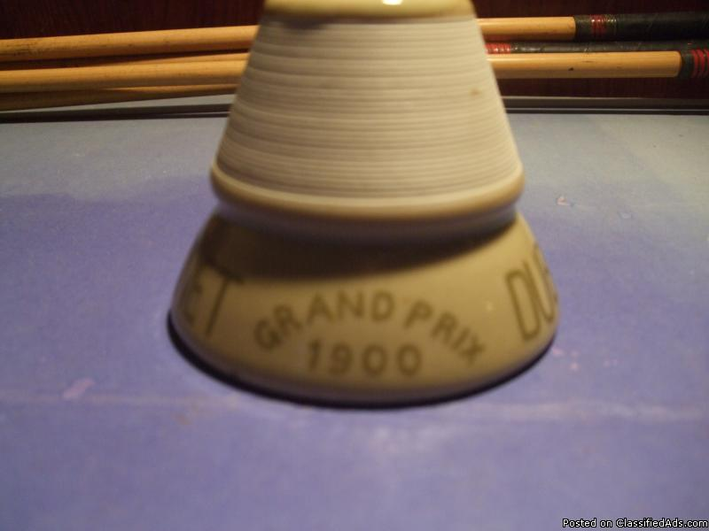 1900 Grand Prix Race Dubonnet made ink Bottle tand