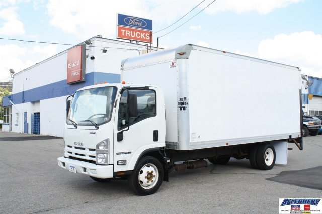 2013 Isuzu Npr-Efi Hd  Box Truck - Straight Truck