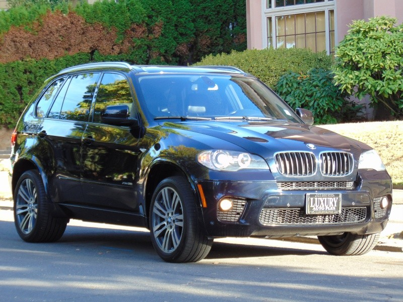 2011 BMW X5 AWD 4DR 35i M-SPORT PREMIUM PANO ROOF NAV LOADED BLK/BLK LOW MILES RARE!!