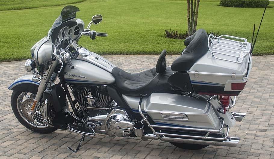 2005 Harley-Davidson FLHRSI