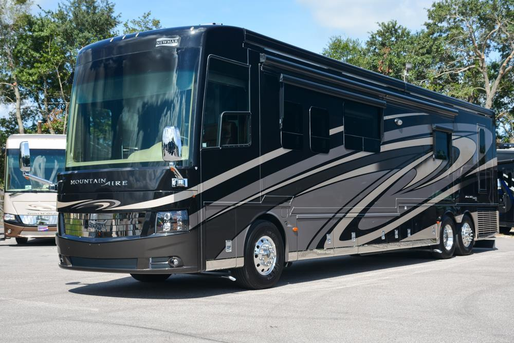 Newmar Mountain Aire 4519