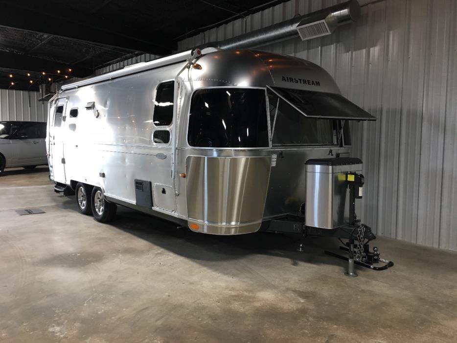 2013 Airstream FLYING CLOUD 25FB