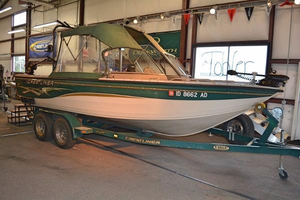 2003 Crestliner Sportfish 2050 Sterndrive
