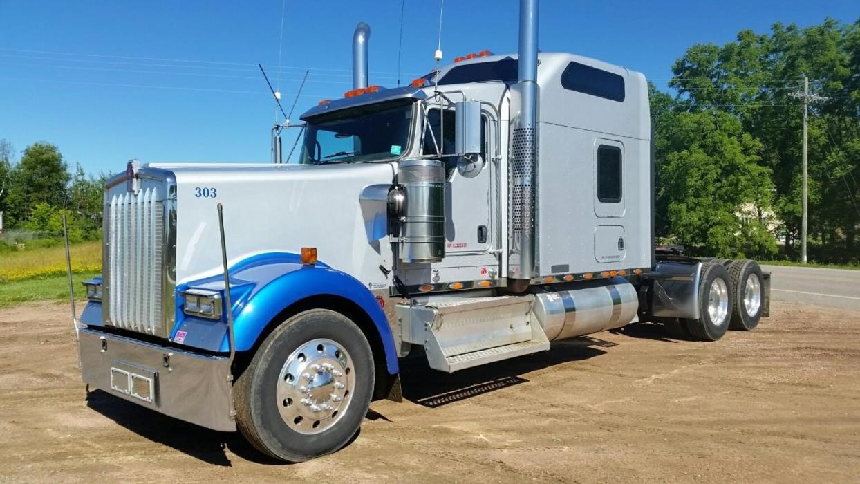 2008 Kenworth W900l Conventional - Sleeper Truck