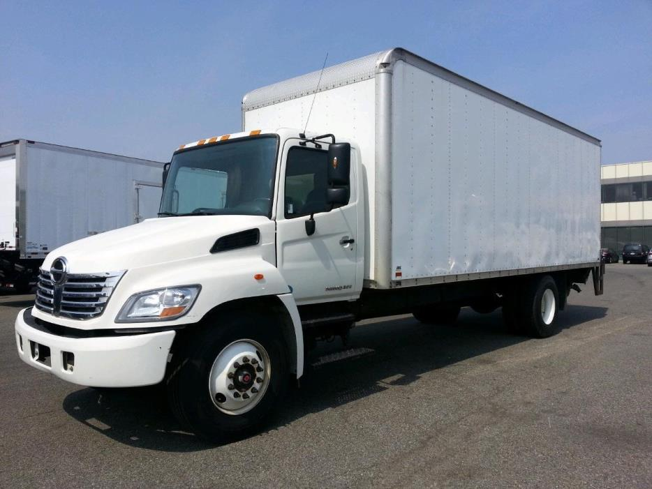 2010 Hino 268  Box Truck - Straight Truck