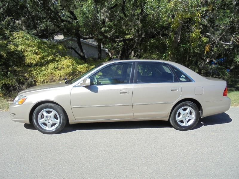 2000 Toyota Avalon 4dr Sdn XL w/Bucket Seats