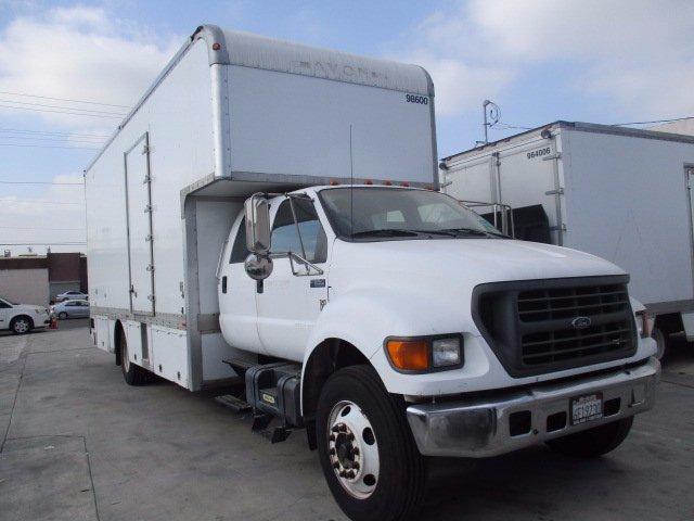 2001 Ford F 650  Box Truck - Straight Truck