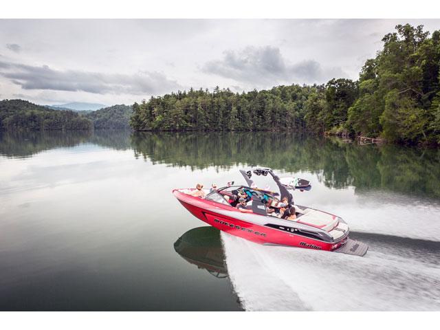 2017 Malibu 23 LSV