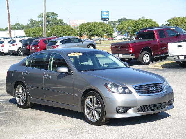 2010 Infiniti M35