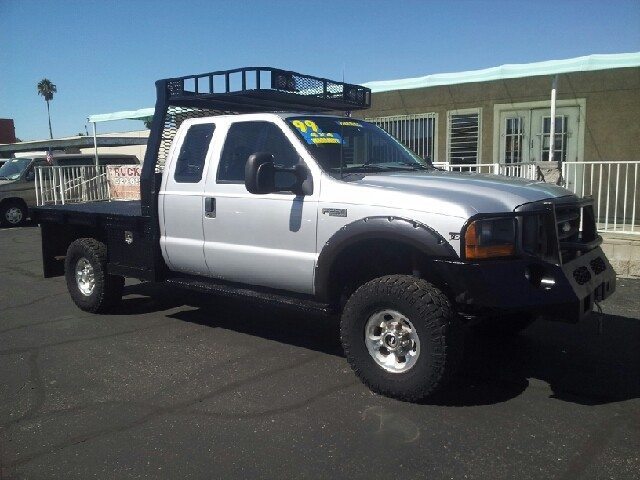 1999 Ford F-250 Super Duty XL 4dr 4WD Extended Cab SB