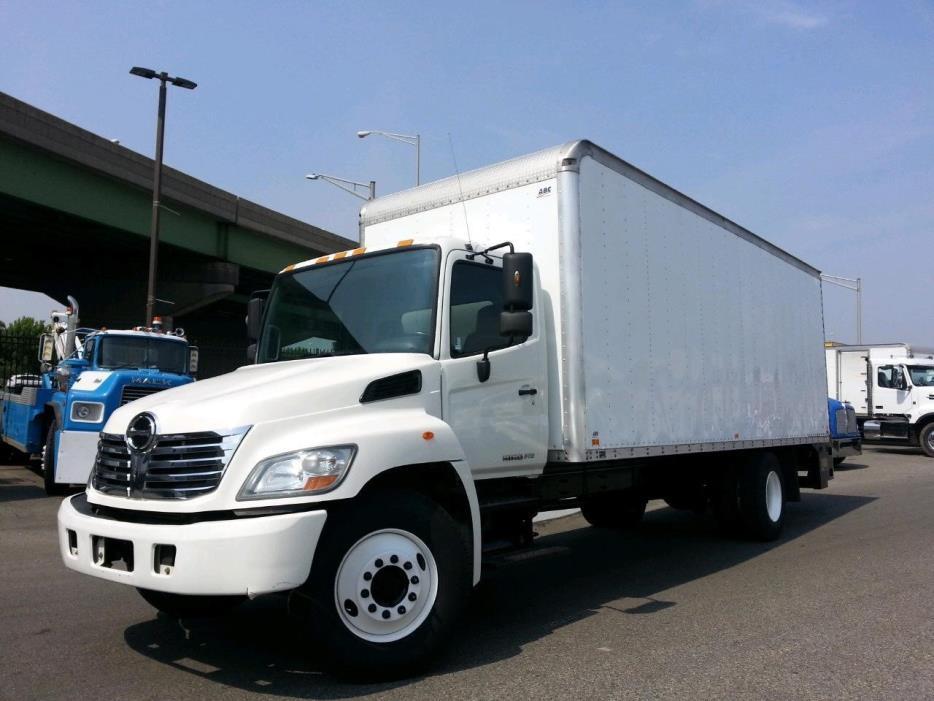 2010 Hino 268a  Box Truck - Straight Truck