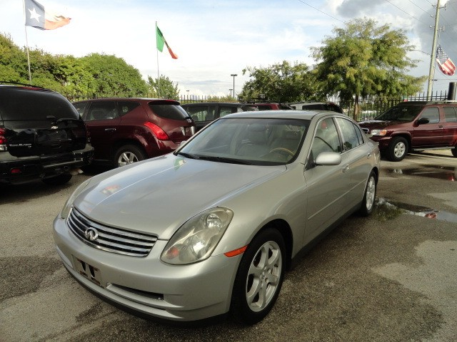 2004 Infiniti G35 Sedan 4dr Sdn Auto w/Leather Sun Roof Cold AC Very Clean