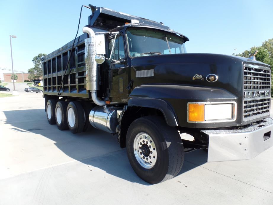 1998 Mack Cl713  Dump Truck