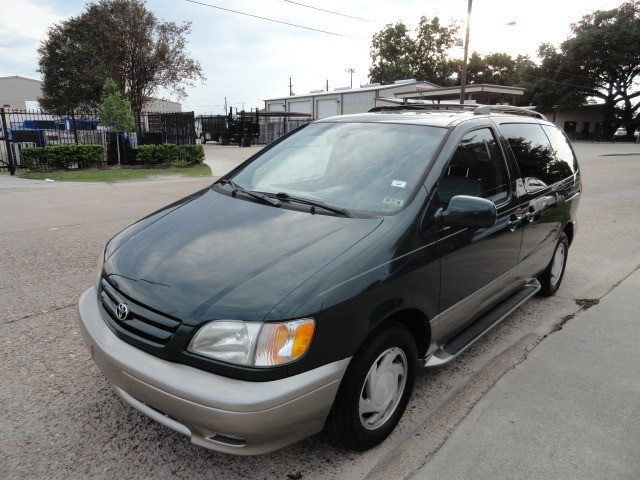 2001 Toyota Sienna 5dr LE  Leather Cold AC Power Sliding door