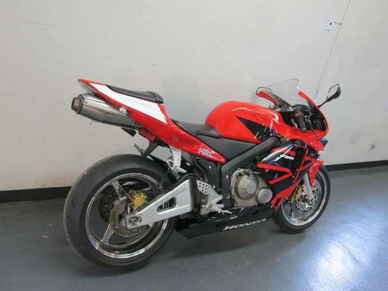 1993 Honda CBR 900RR, 2