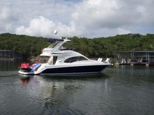 2007 Sea Ray 44 Sedan Bridge FRESH WATER/ HYDRAULIC LIFT