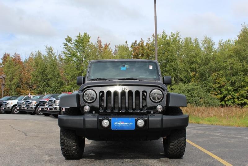 jeep wrangler unlimited maine cars for sale. Black Bedroom Furniture Sets. Home Design Ideas