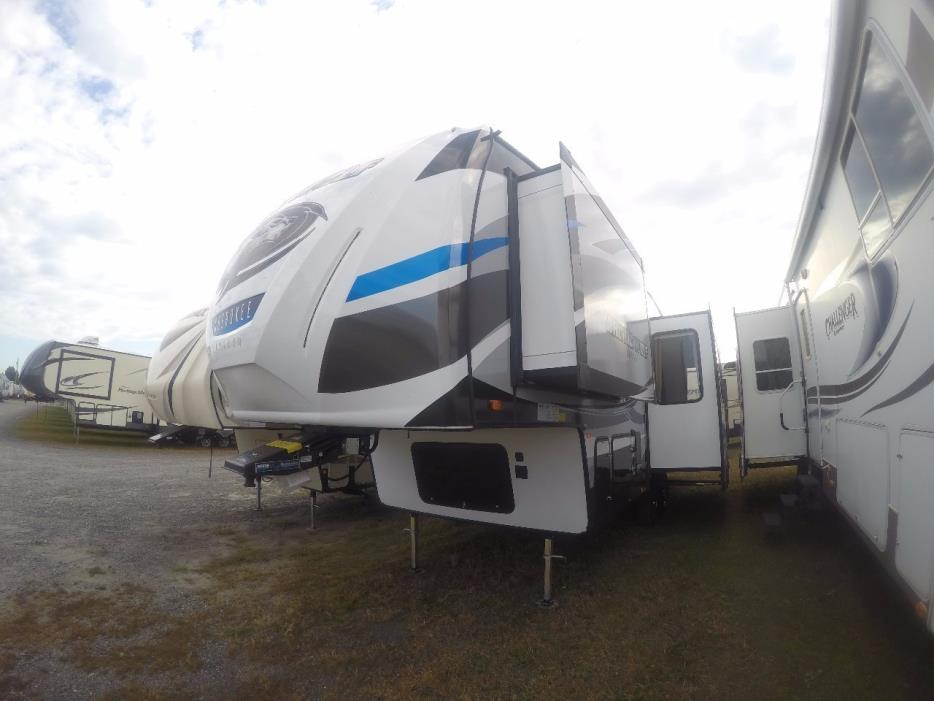 2017 Forest River ARTIC WOLF 265DBH8
