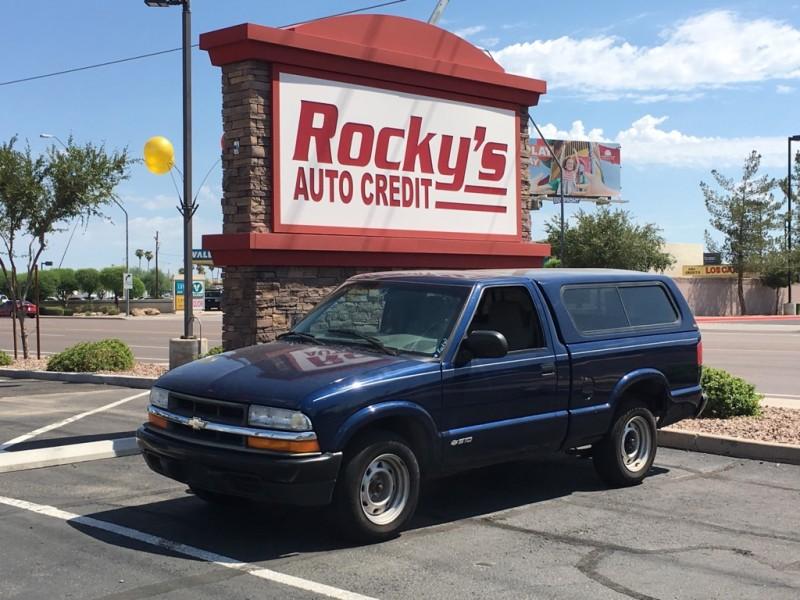 2001 CHEVROLET S10 2 DOOR CAB; REGULAR