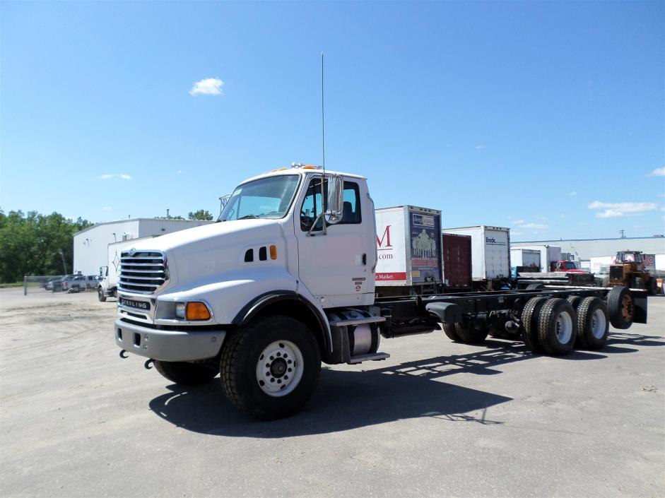 2007 Sterling Lt9513 Cab Chassis