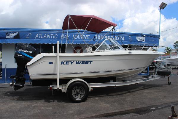2000 Key West 2020 Dual Console