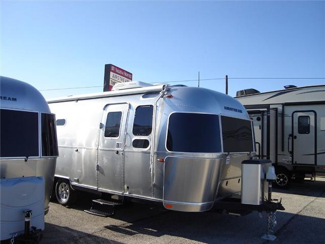 2016 Airstream Rv Flying Cloud 26U